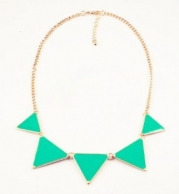 niceEshop(TM) Fashion Triangle Collar Necklace Choker Punk Style Glaze Geometric Pendent-Green