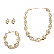 Evbea Imitation Pearl Jewelry Sets with Bracelet Earrings and Necklace Gold Plated Chain for Woman and Chrismas Gifts